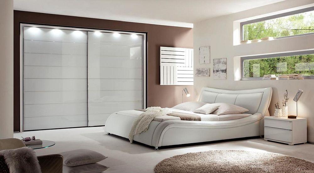 Colecție dormitor Nolte și pat model Soma. Vezi detalii despre piesele de mobilier și preț AICI. Detalii despre pat, dimensiuni, preț AICI.