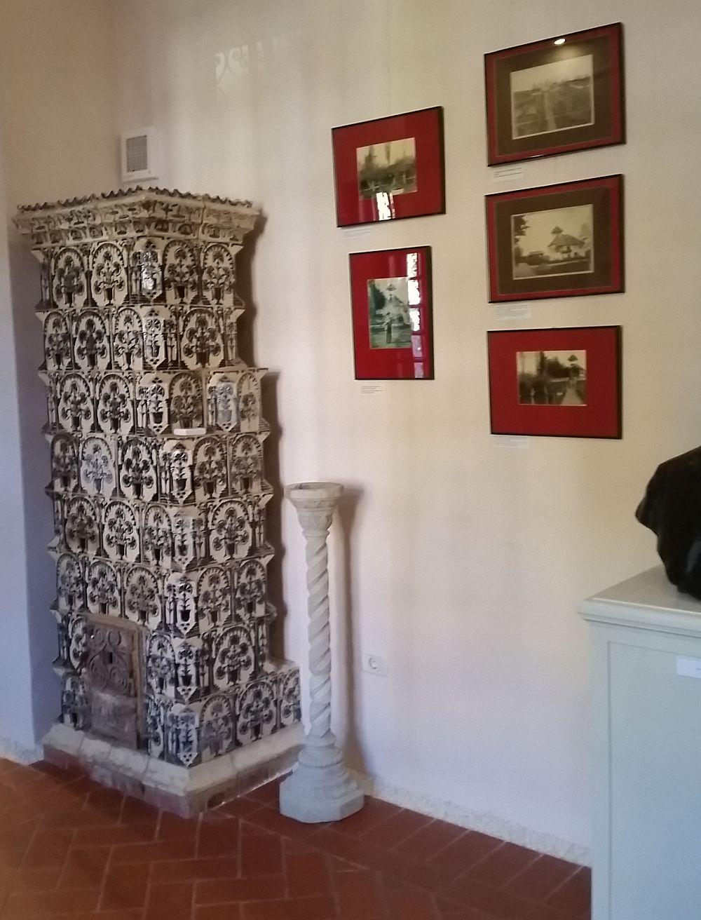 Sobă din sala dedicată istoriei familiei Minovici.
