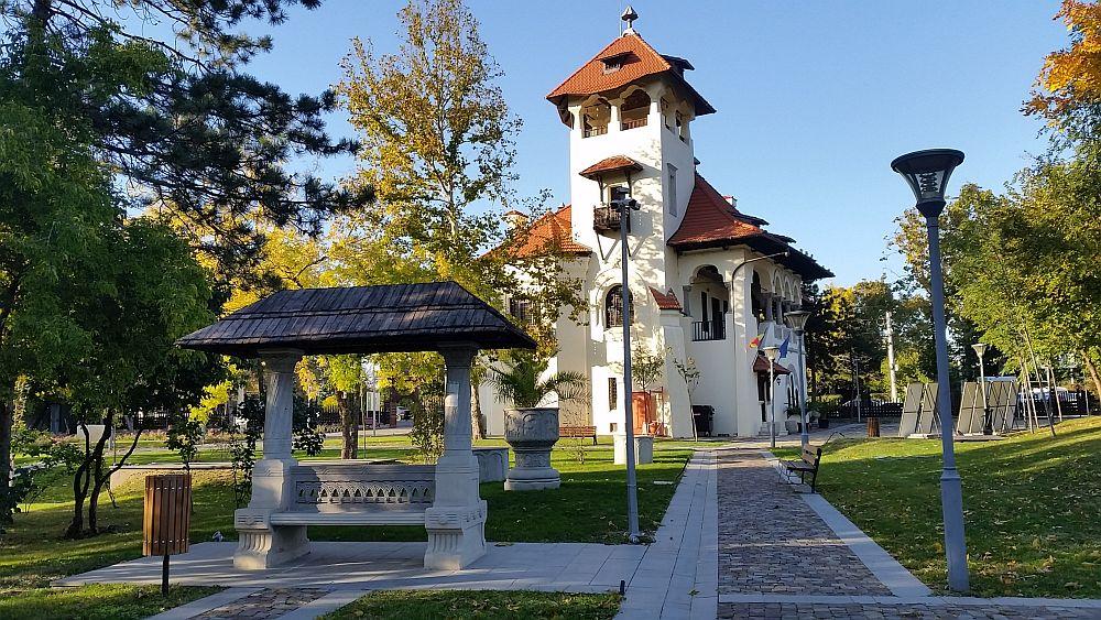 adelaparvu.com despre Vila Minovici, arhitectura in stil popular romanesc (31)