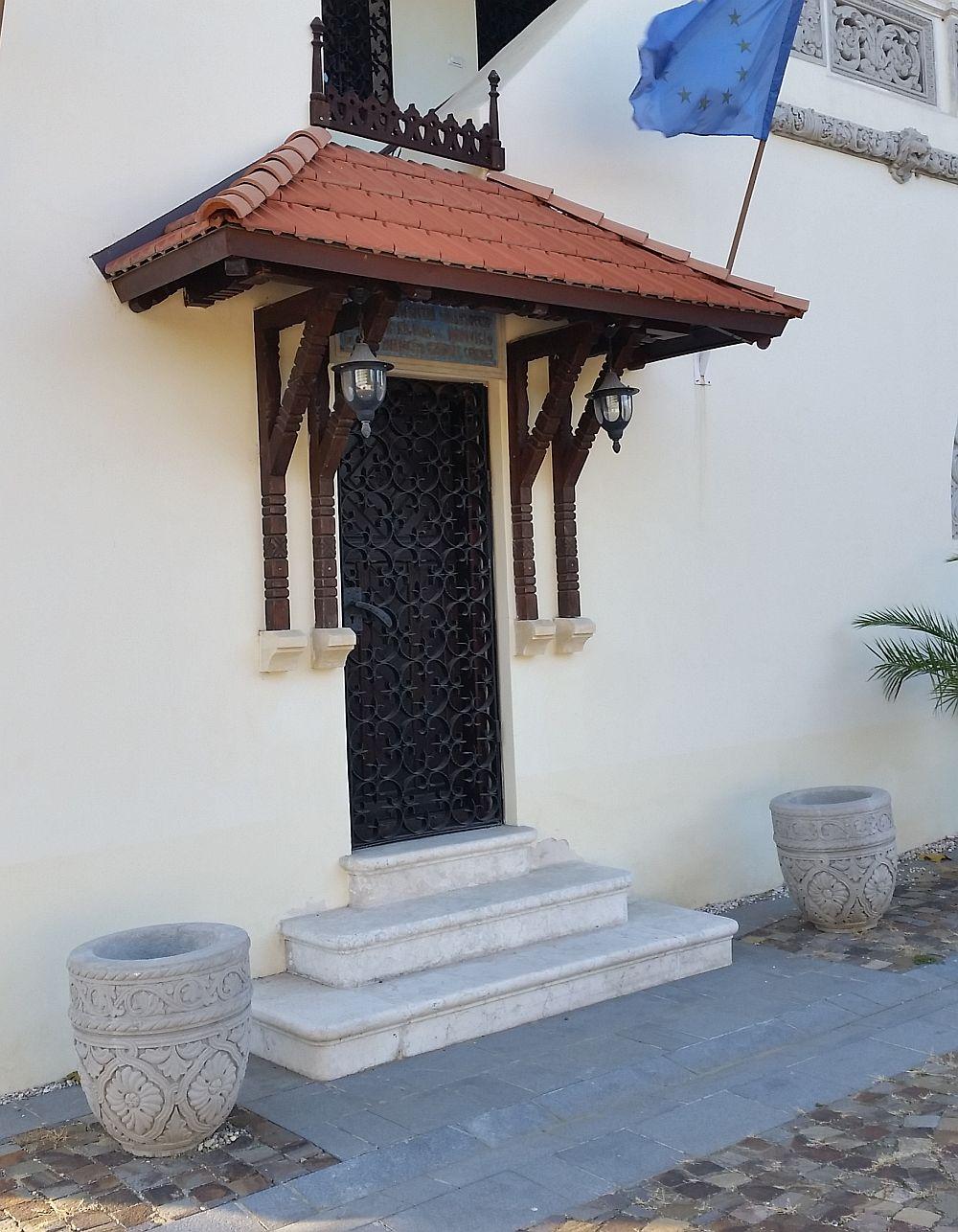 adelaparvu.com despre Vila Minovici, arhitectura in stil popular romanesc (36)