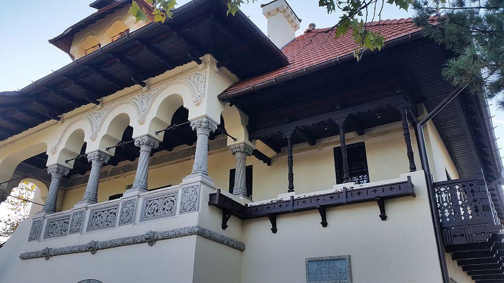adelaparvu.com despre Vila Minovici, arhitectura in stil popular romanesc (40)