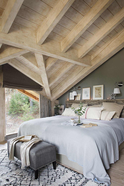 Dormitoarele nu sunt mari, dar sunt foarte confortabile și cu ferestre mari. Senzația dorită de către proprietari a fost ca atunci când se trezesc să aibă impresia că se trezesc direct în natură.