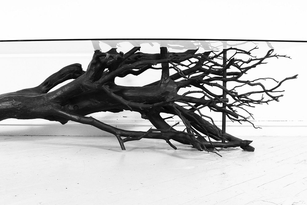 Detaliu Masa Tree Table, designer Sebastian ErraZuriz