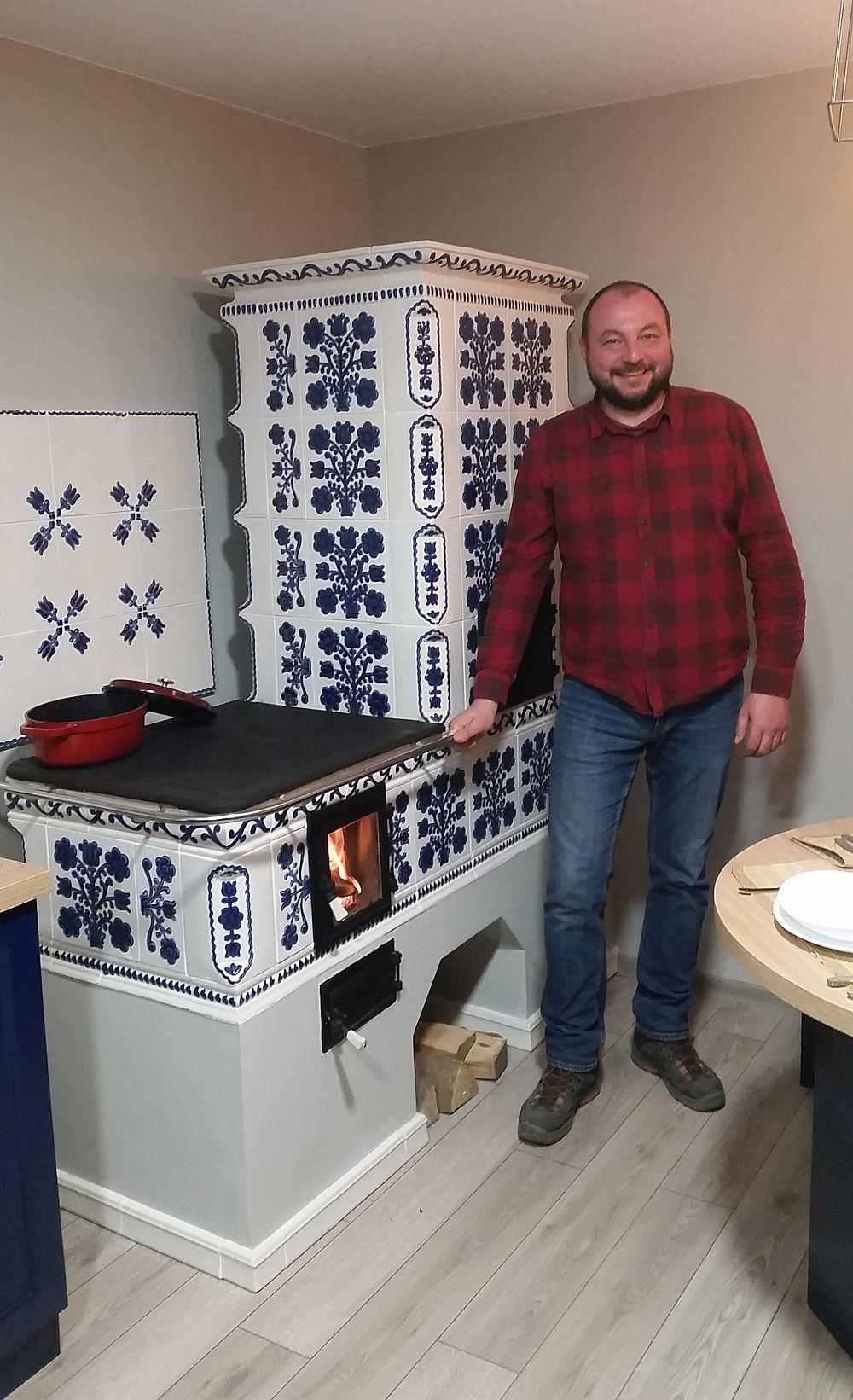 Răzvan Iancu, meșterul care a construit prima sobă în cadrul emisiunii Visuri la cheie.