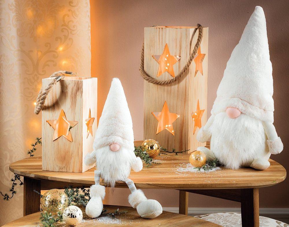 Vezi catalogul cu decorațiuni de Crăciun AICI.