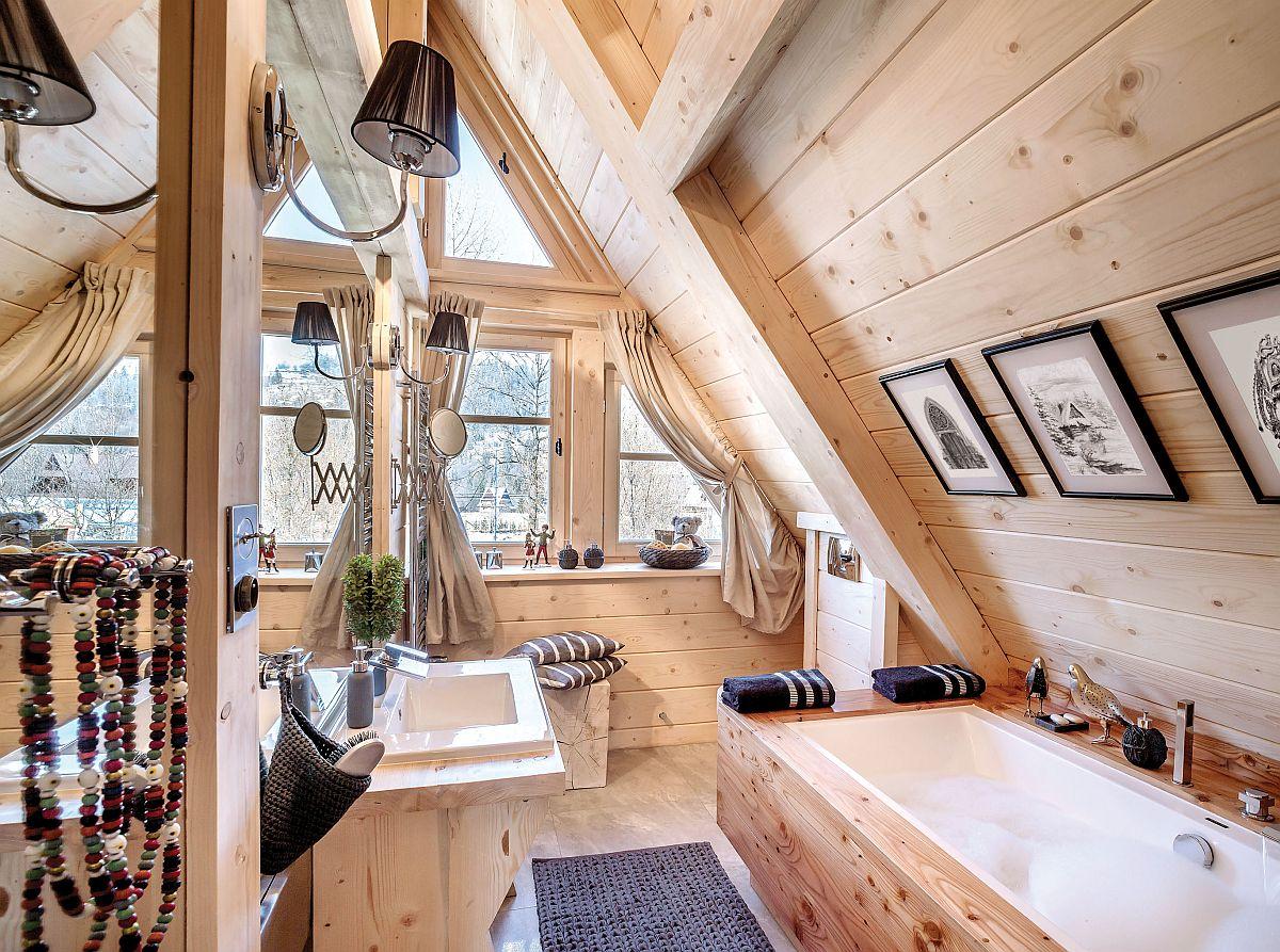 Baia dormitorului matrimonial beneficază de tot confortul actual, iar fereastra generoasă care te invită la o baie fierbinte după o partidă de schi.