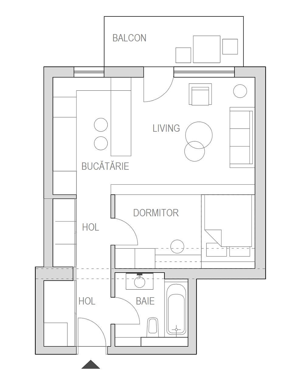 Inițial garsoniera avea hol, baie, bucătărie și cameră. Unde este acum dormitorul era camera garsonierei, iar unde e masa din bucătărie, practic exista zidul de separare între bucătărie și cameră. Arhitectul Bianca Nicolae a deschis bucătăria către cameră, iar spațiul livingului l-a împărțit pentru a obține dormitorul, care este separat prin mobilier, iar de e hol este separat cu ușă. Spațiile mari de depozitare sunt pe hol, unde arhitectul a prevăzut dulapuri.