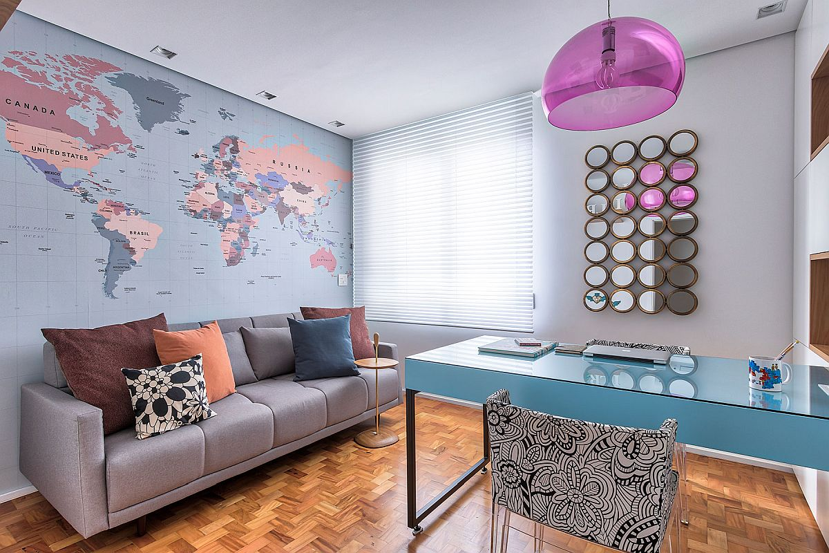Camera amenajată ca birou este de fapt cu dublă funcțiune: birou și cameră de oaspeți. De asemenea, pe viitor ea poate deveni a doua cameră pentru un al doilea copil.