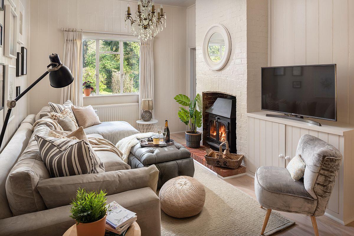 Pentru mulți oameni prezența focului, a observării flăcărilor poate fi un exercițiu relaxant, așa că șemineul nu putea lipsi într-o casă de vacanță.