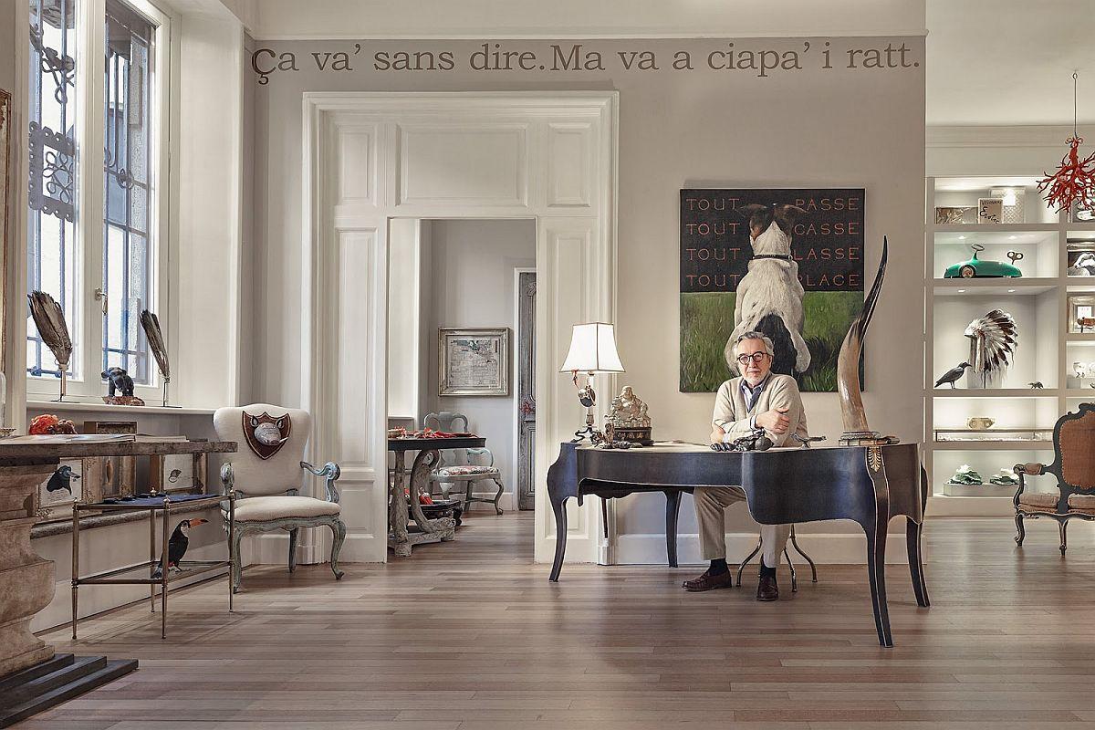 Proprietarul locuinței Maurizio Epifani și-a dorit dintotdeauna să trăiască înconjurat de lucruri frumoase. Și da, ca și colecționar și proprietar de galerie de antichități a găsit atât o cale profesională, dar și una sufletească de a -și împlini acest vis. Ba chiar și numele său de scenă vorbește despre fascinația pe care o are pentru Frumos. El și-a dorit ca în casa lui să fie mereu uimit, să se încarce de frumos, dar și să aibă mereu revelații pe măsură ce-și redescoperă piesele preferate.