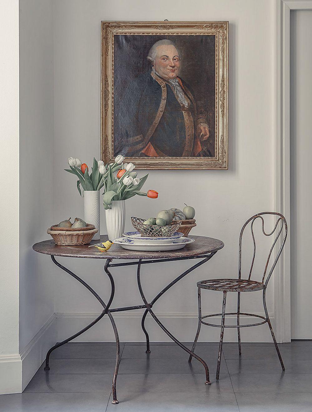 Locul de masă din bucătărie este un alt prilej de desfătare pentru proprietar.