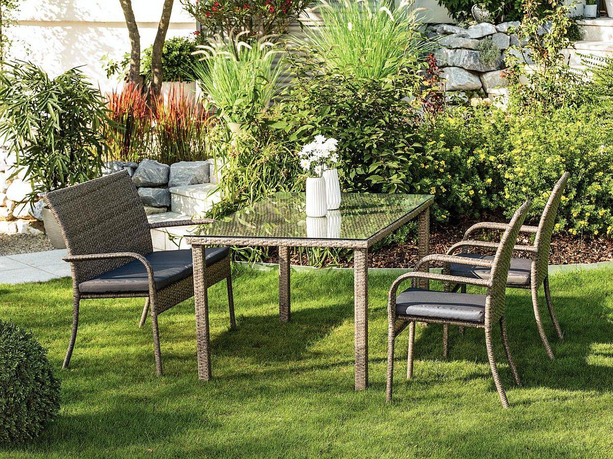 Set masă și scaune pentru grădină Bart. Vezi dimensiuni, ateriale, preț AICI.