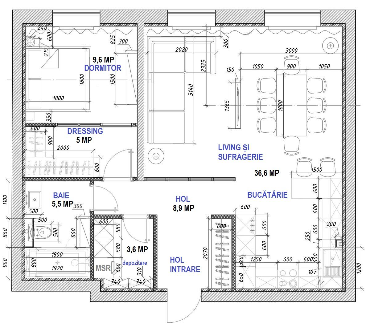 Locuința a fost remodelatăîn zona de zi. Inițial toată zona de zi era deschisă, dar designerii au separat-o în trei funcțiuni: living, sufragerie și bucătărie. Importante sunt spațiile de depozitare. În dreptul dormitorului o parte din hol a fost trasformată în dressing, iar în zona holului de la intrare, cuierul a fost configurat sub forma unui dulap închis. De asemenea, lângă baie, un spațiu închis adăpostește mașina de spălat rufe, alături de alte spații de depozitare.