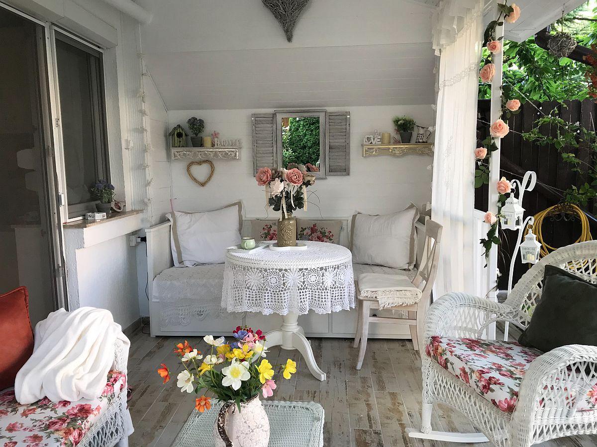 adelaparvu.com despre terasa si gradina in stil shabby chic, Constanta (3)