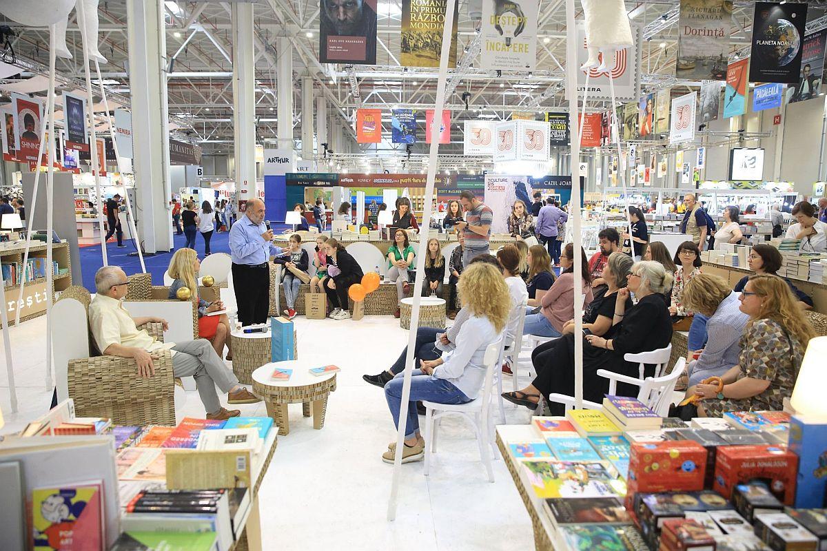 adelaparvu.com despre Bookfest 2019 Bucuresti (4)