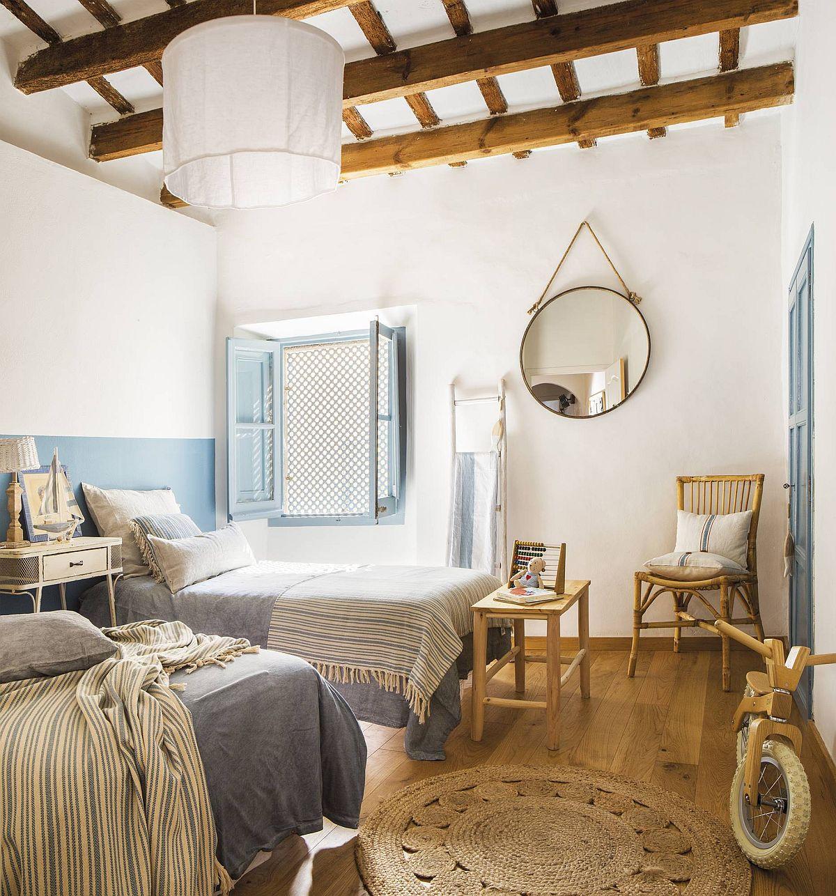 adelaparvu.com despre casa lunga si ingusta cu terasa, stil marin, design Nice Home Barcelona, Foto Jordi Canosa (11)