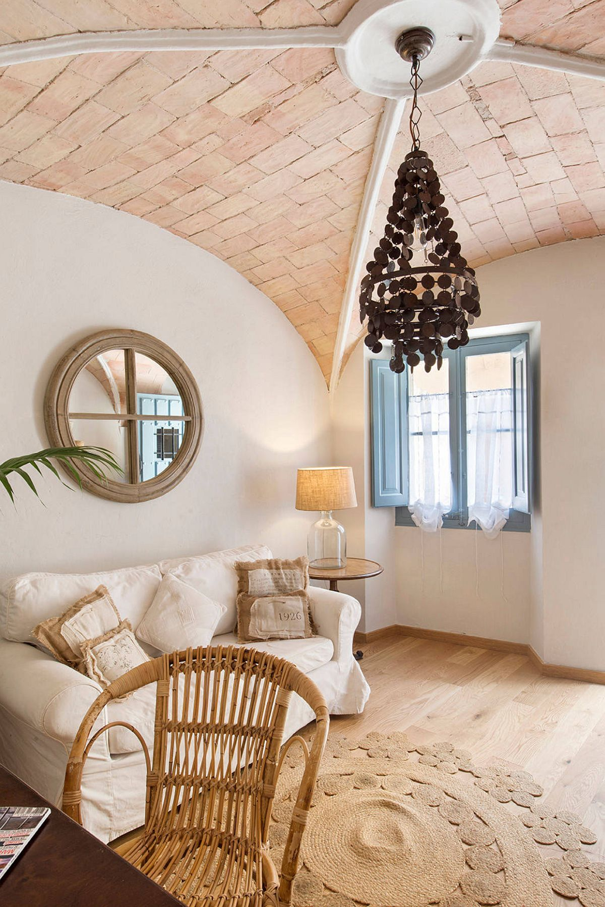 adelaparvu.com despre casa lunga si ingusta cu terasa, stil marin, design Nice Home Barcelona, Foto Jordi Canosa (12)