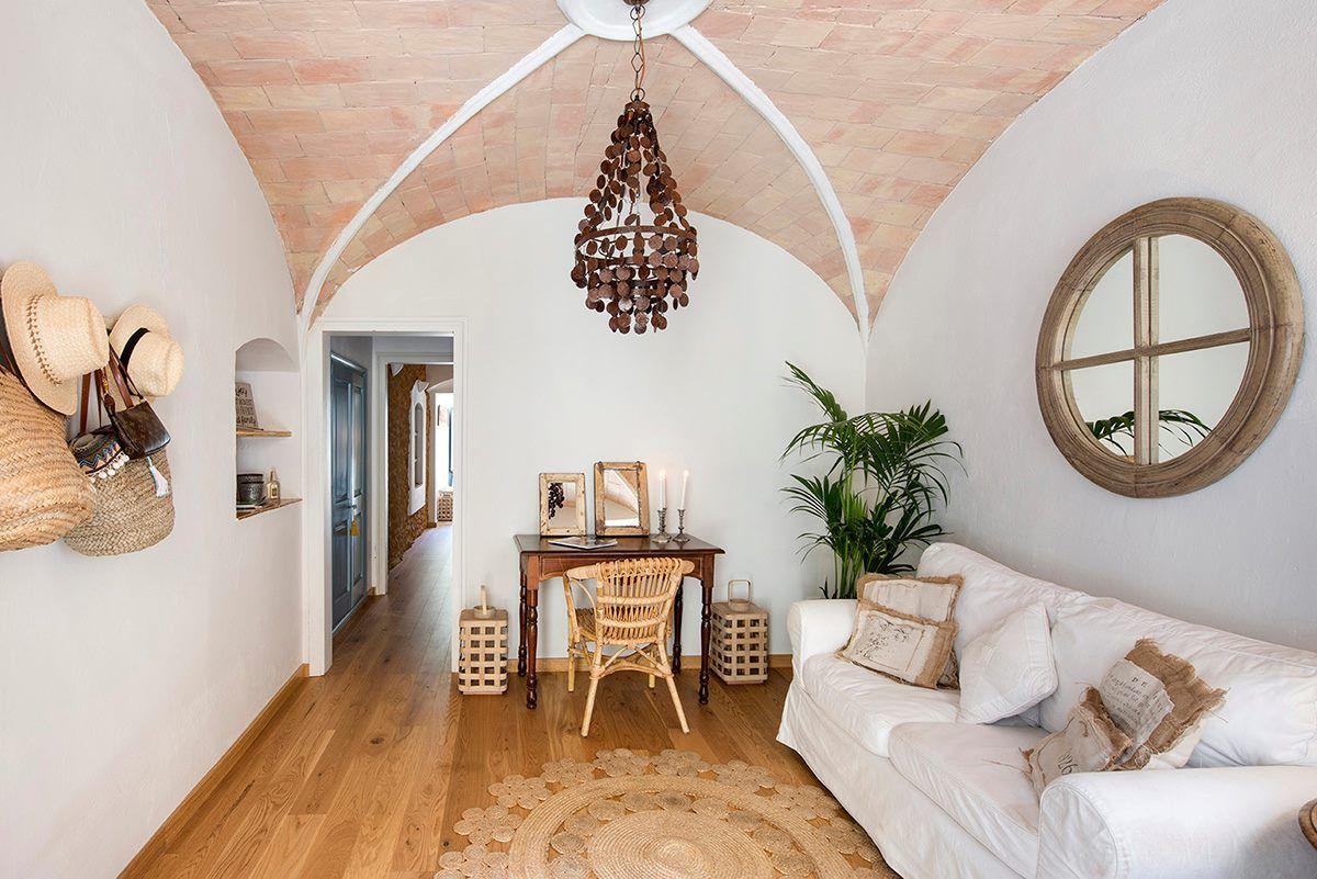 adelaparvu.com despre casa lunga si ingusta cu terasa, stil marin, design Nice Home Barcelona, Foto Jordi Canosa (13)