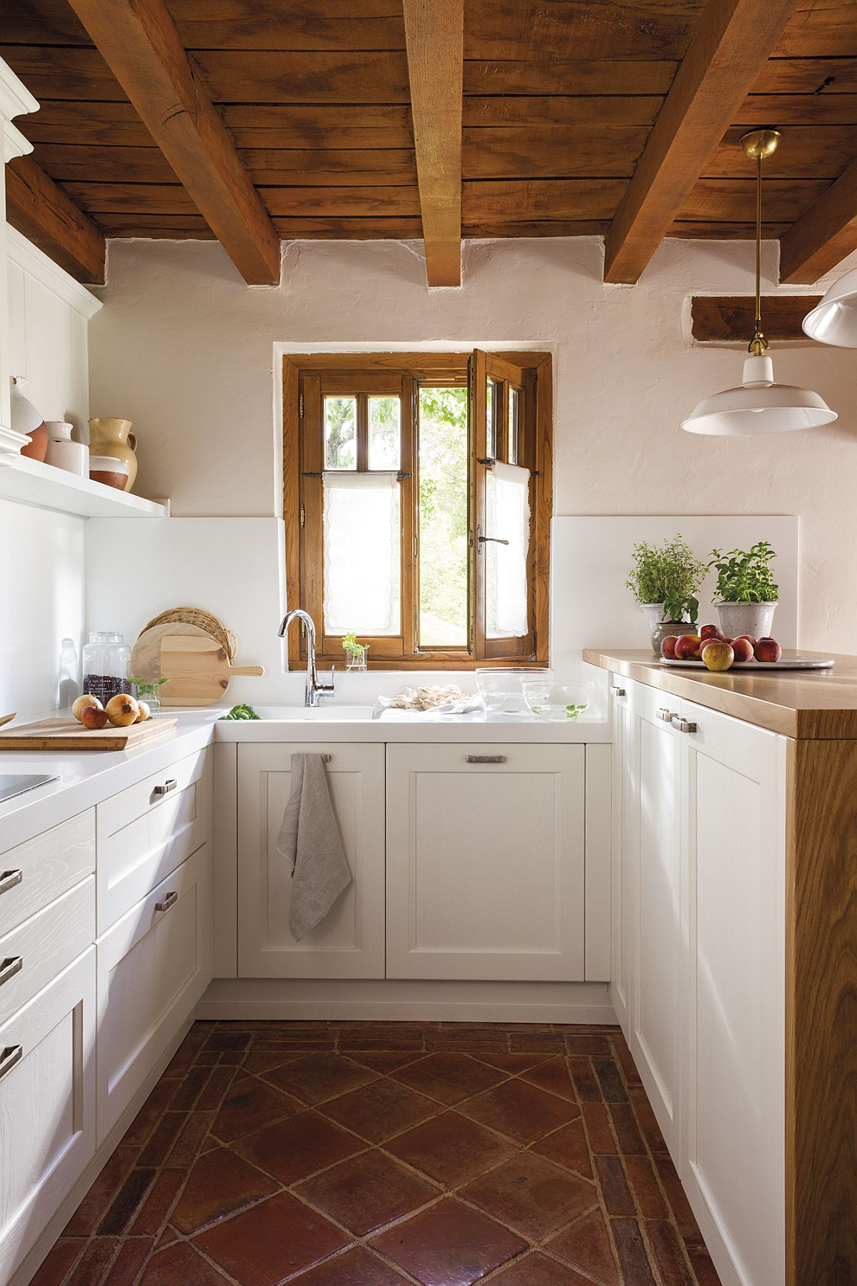adelaparvu.com despre casa rustica Spania, design Mujika Interiorismo, Foto ElMueble, Adolfo Fernandez (1)