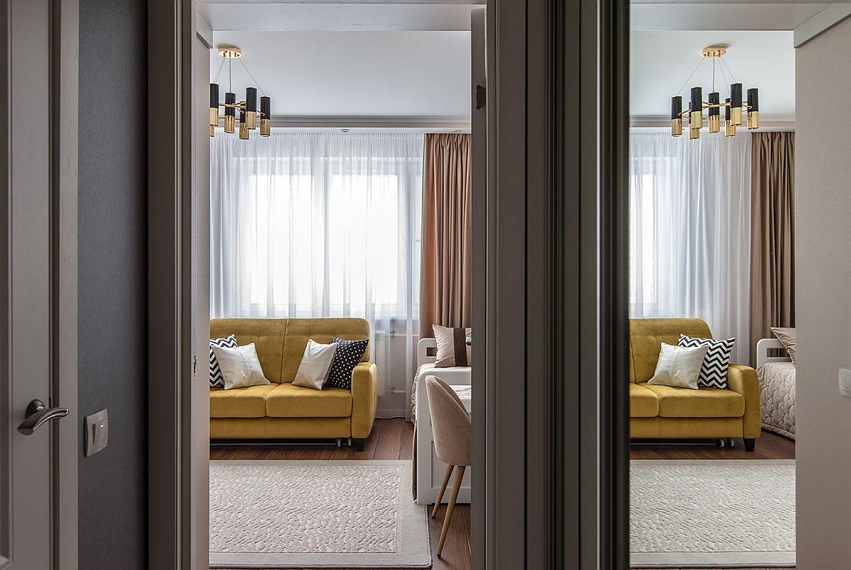 adelaparvu.com despre amenajarea apartament 2 camere pentru familie de 5 persoane, design Helenka Design, Foto Foto Boris Bochkarev (7)