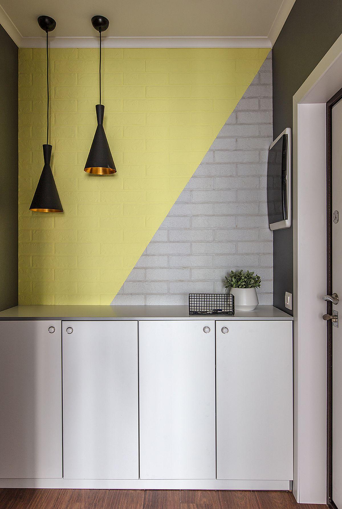 adelaparvu.com despre amenajarea apartament 2 camere pentru familie de 5 persoane, design Helenka Design, Foto Foto Boris Bochkarev (8)