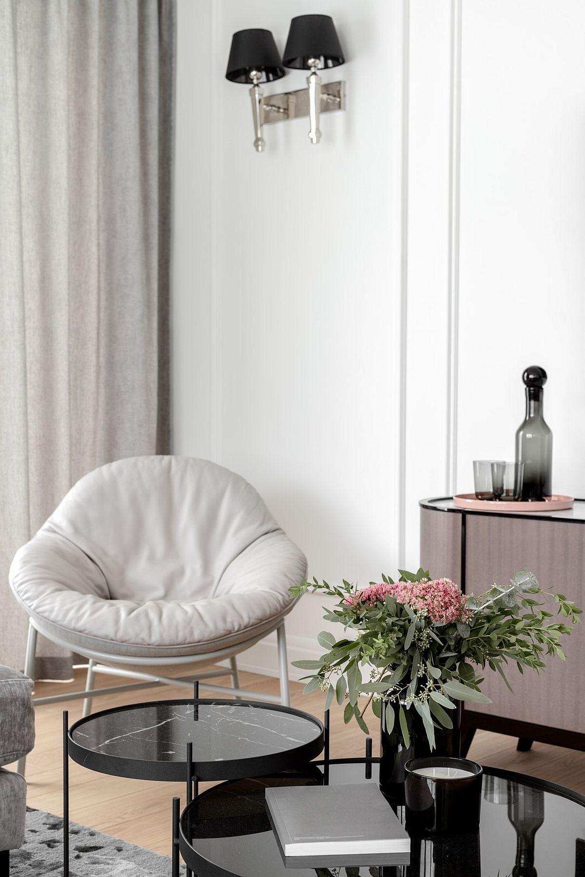 adelaparvu.com despre apartament 80 mp cu pereti albi elegant amenajat, design JT Grupa, Foto Ayuko Studio (7)