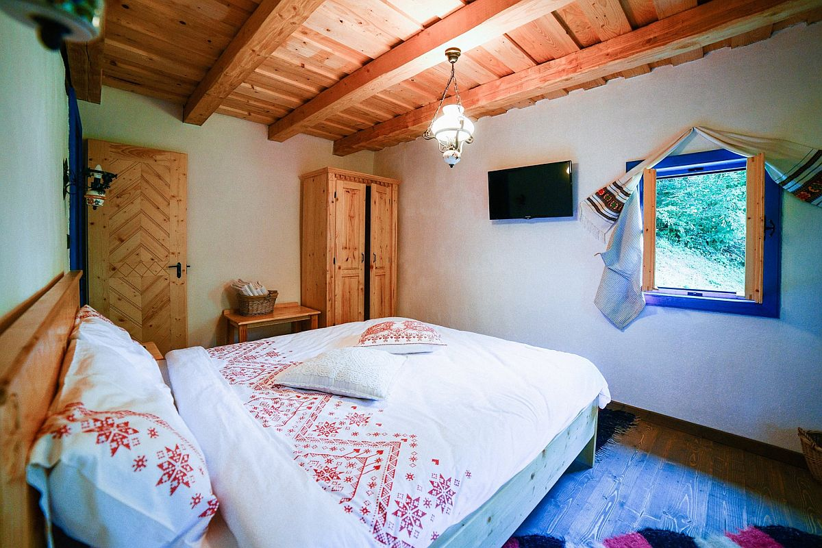 adelaparvu.com despre casa traditionala Maramures, Romania, pensiunea Casa lu Ion, Foto Dragos Asaftei (3)