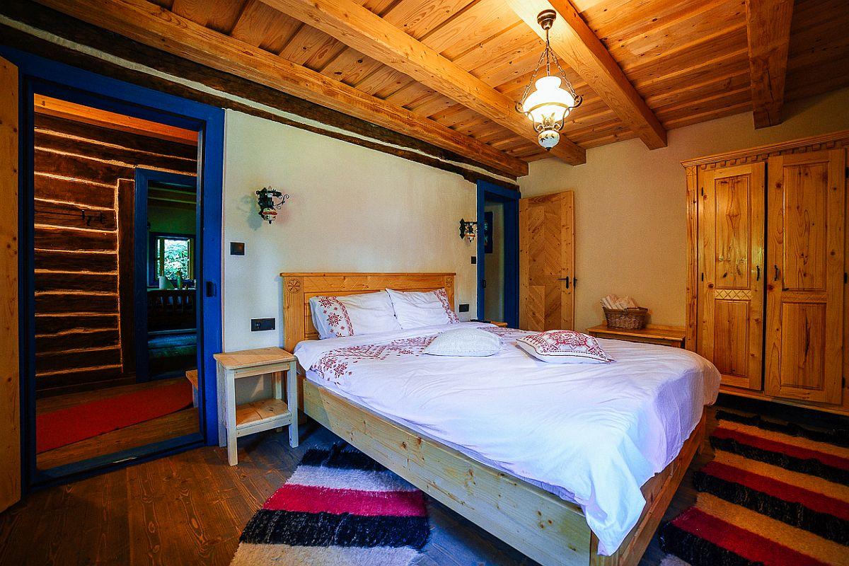 adelaparvu.com despre casa traditionala Maramures, Romania, pensiunea Casa lu Ion, Foto Dragos Asaftei (9)