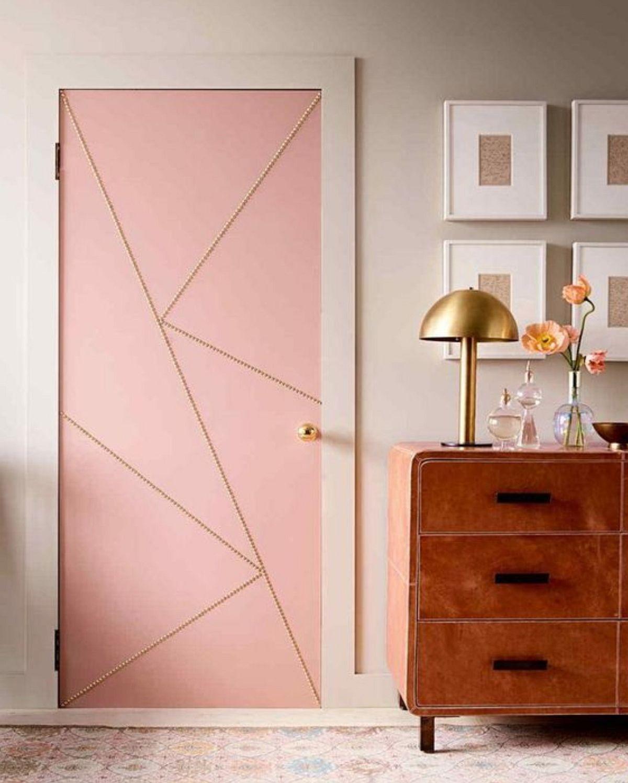 adelaparvu.com despre idei decorare usa interioara cu piuneze