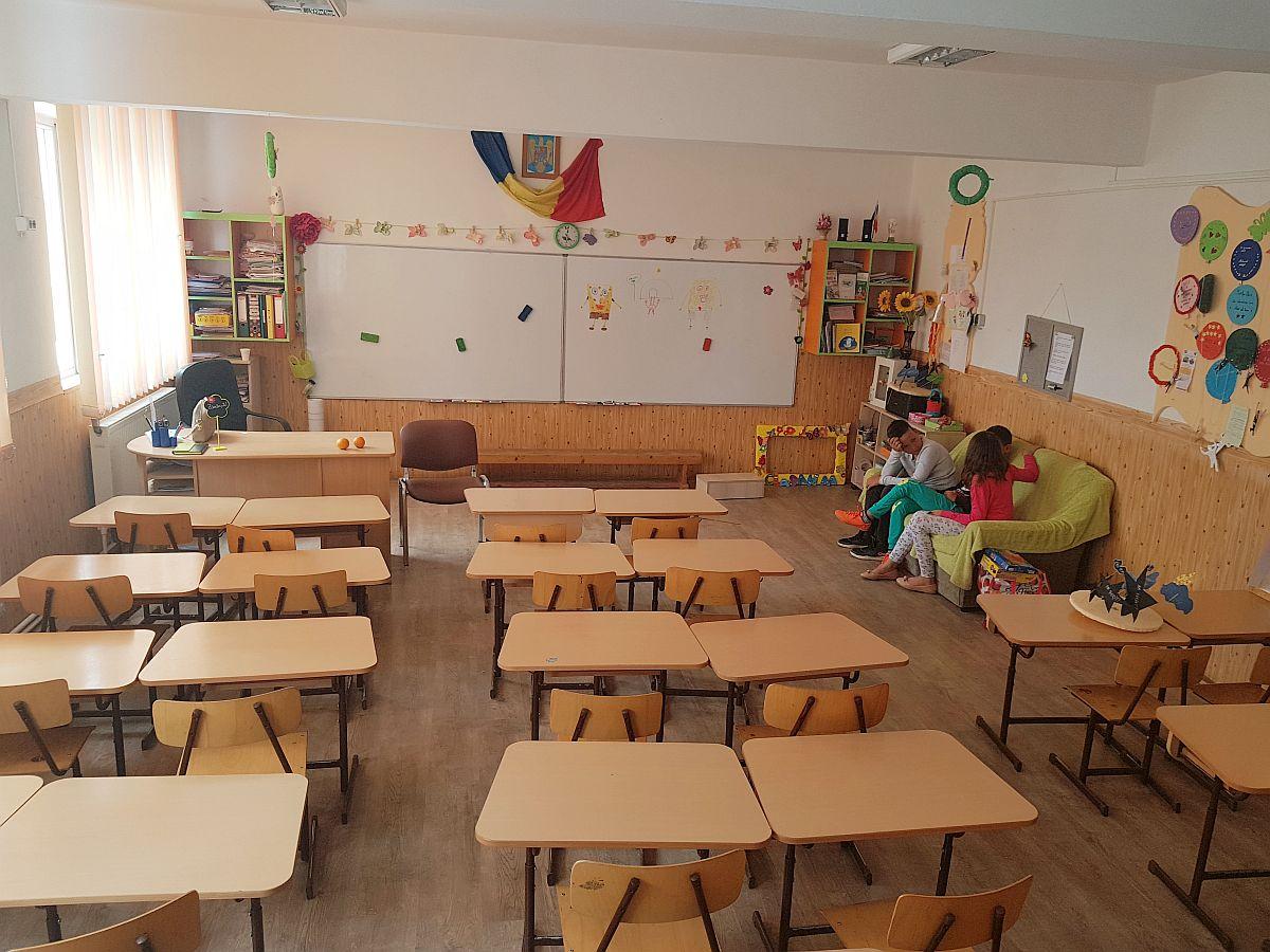 sala de clasa din Judetul Neamt pentru care mi-a scris
