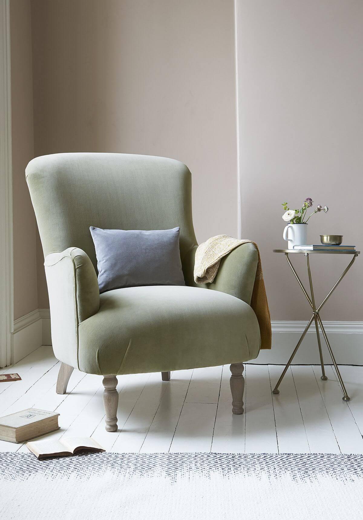 adelaparvu.com despre culoarea anului 2020 Dulux, Foto Press Loft -Gramps armchair