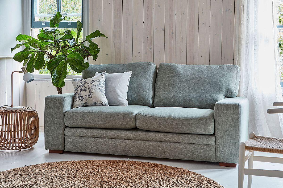 adelaparvu.com despre culoarea anului 2020 Dulux, Foto Press Loft -Sloane Sofa Bed
