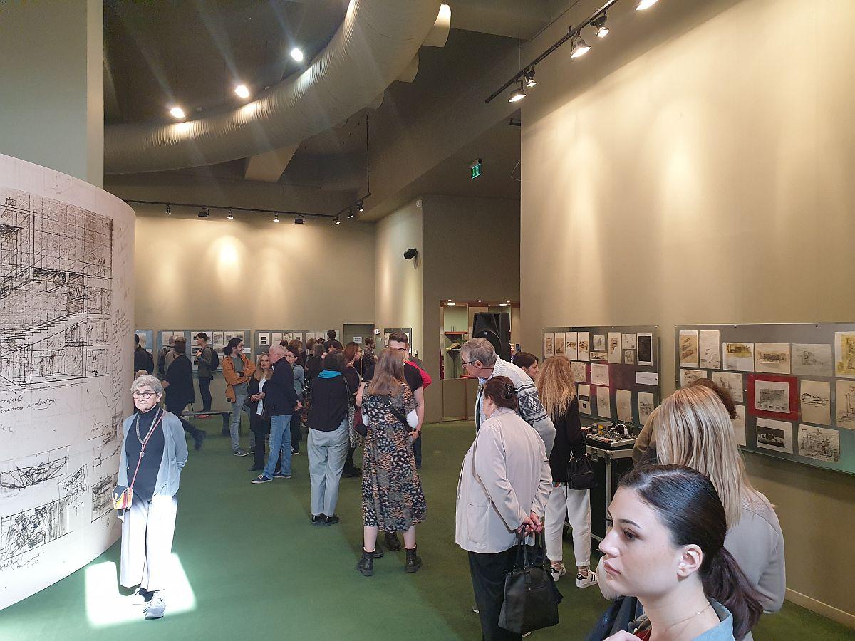 adelaparvu.com despre expozitia Paul Bortnovski (5)