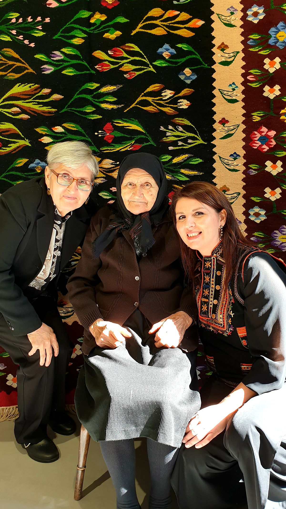 adelaparvu.com despre covoare din lana romanesti, Oltenia, Alina Mitrica (5)