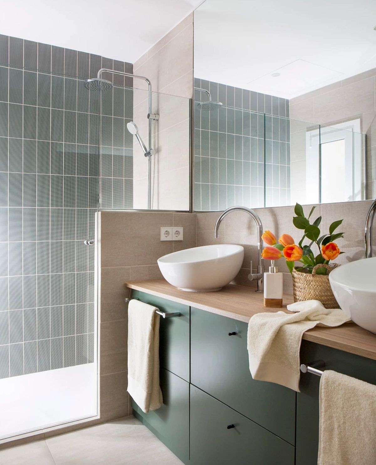 adelaparvu.com despre apartament cu bucatarie separata, design Paz de Tord, Foto Jordi Canosa (9)