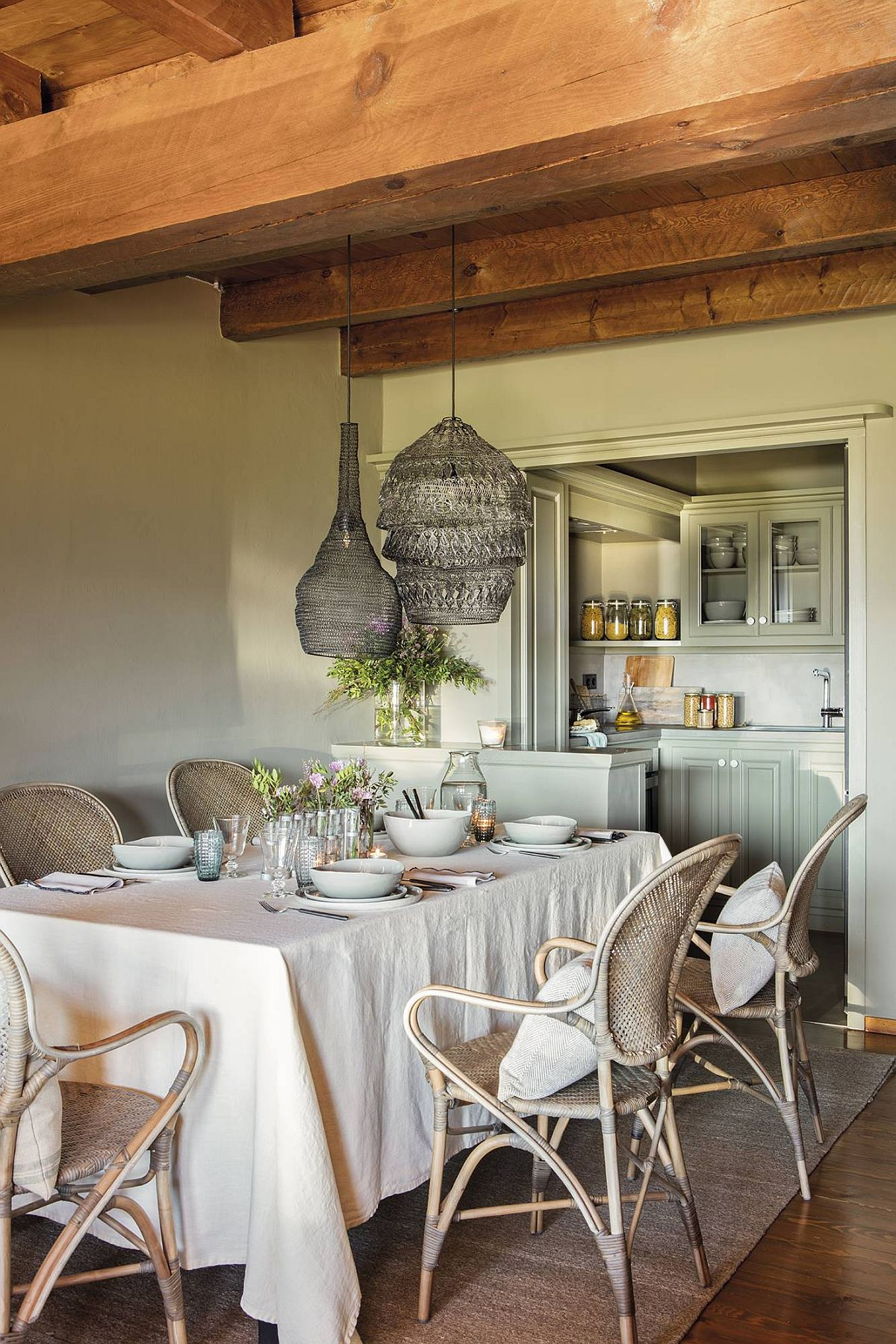 adelaparvu.com despre cabana la munte cu interior verde, design Jeanette Trensig, Foto ElMueble (2)