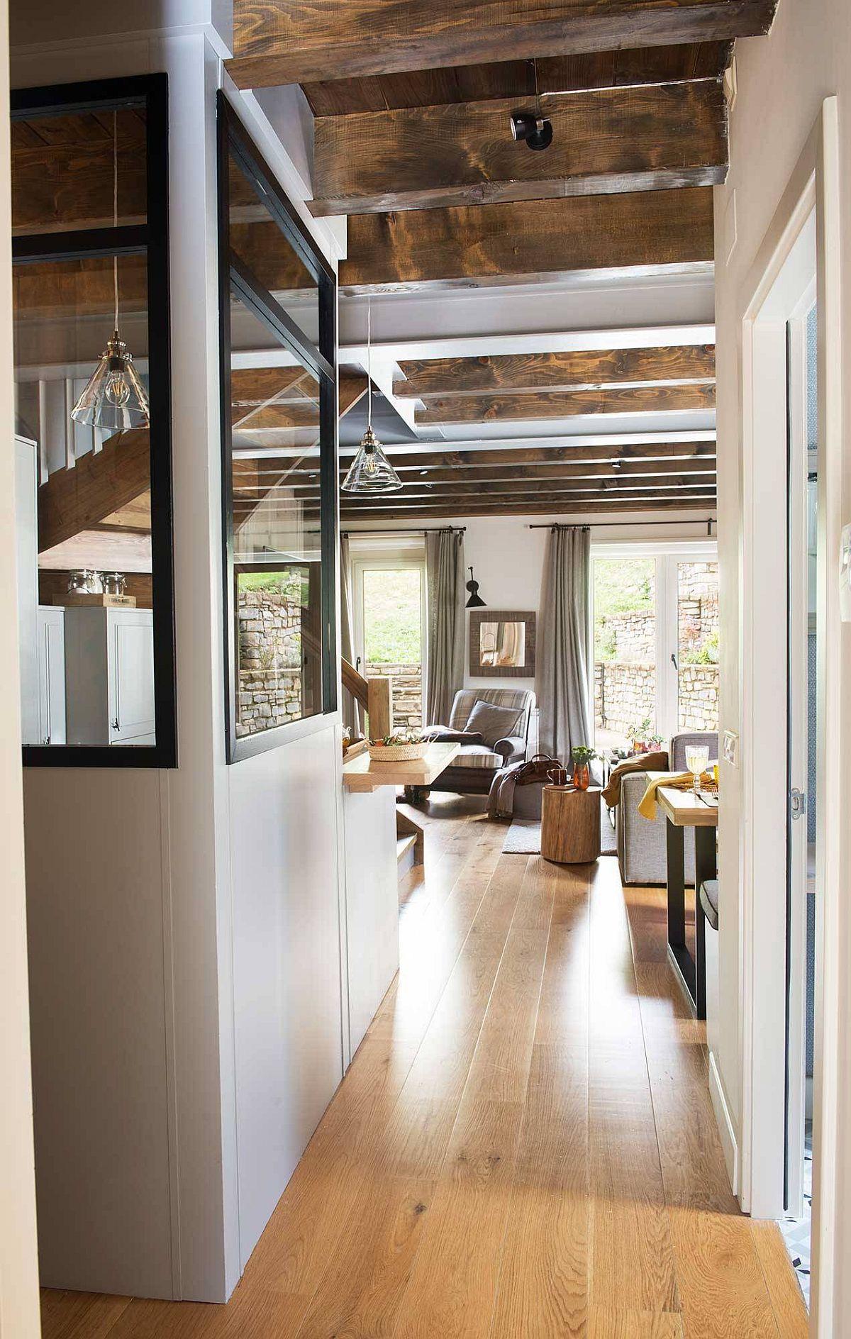 adelaparvu.com-despre-casa-de-vacanta-cu-lemn-de-castan-Pirinei-designer-Juanma-Alfonso-Luderna-Design-Foto-ElMueble 20 (1)