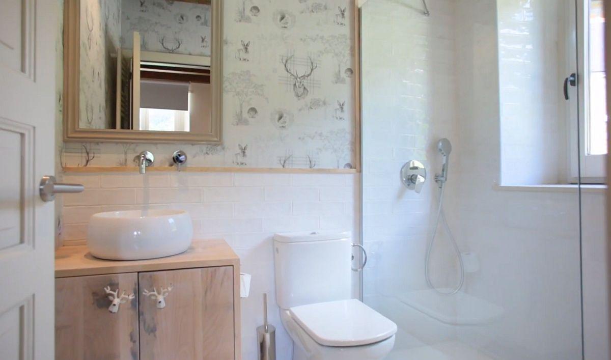 adelaparvu.com despre casa de vacanta cu lemn de castan, Pirinei, designer Juanma Alfonso, Luderna Design, Foto ElMueble (3)