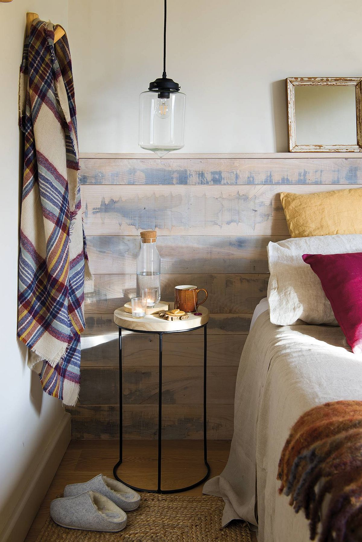adelaparvu.com despre casa de vacanta cu lemn de castan, Pirinei, designer Juanma Alfonso, Luderna Design, Foto ElMueble (9)