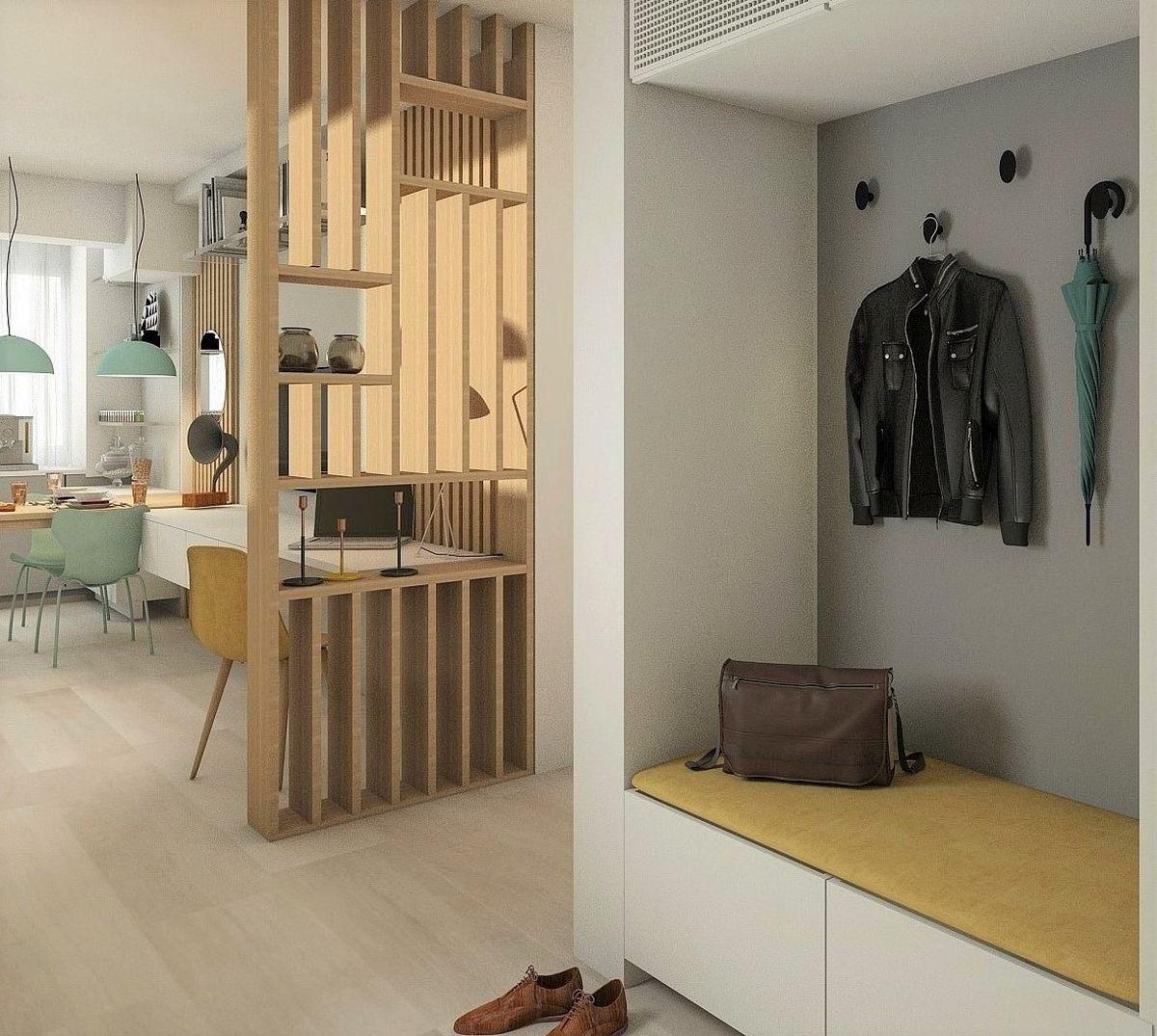 De regulă, în locuințele noi, zonele de hol sunt deschise către cele de zi, adică living și bucătărie. Prin mobilare însă, se pot delimita și organiza clar funcțiunile, lăsând totodată lumina naturală să pătrundă cât mai mult în spațiul locuinței.